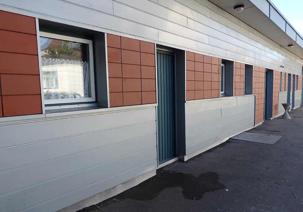 Ziegel an einer Fassade als Wandverkleidung